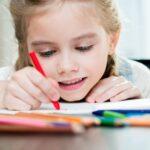 Kiedy dziecko powinno zacząć naukę języków obcych?